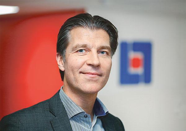 Patrick Petersson förordar DNA-märkningen som kommer allt mer och där privata föremål som märkts upp hamnar i databaser i Sverige men även internationellt. Biild: PRIVAT
