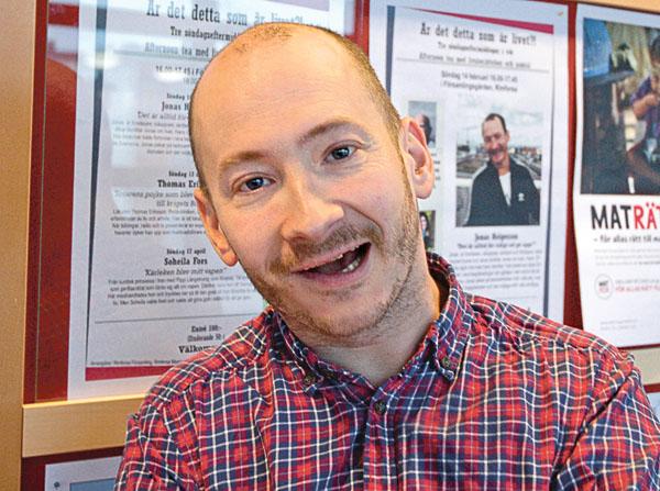 Jonas Helgesson är föredragshållare, författare och ståuppkomiker.