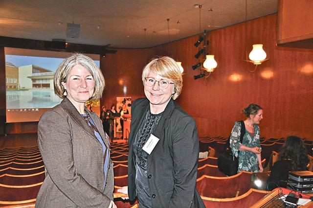 Catharina Rodling, som driver Kaffeteriet och ställplatsen i Borensberg, tillsammans med Anna Meyer, marknads- och informationschef på Göta kanal