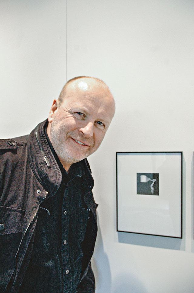 Jerker Andersson ställer ut ögonblicksbilder och detaljer tagna med mobiltelefonkamera under rubriken Phone Diary.