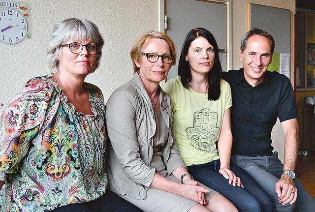 Ulrika Jeansson, Annica Ottosson, Martina Tranquist och Henrik Brolinson svarade på frågor kring det nya HVB-boendet.