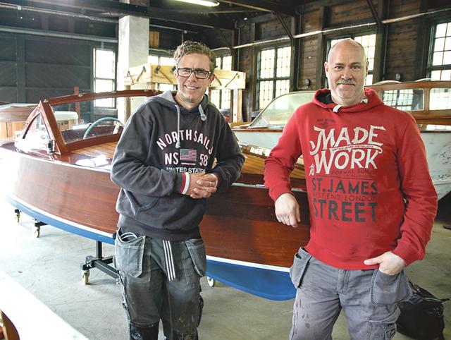 Anders Værnéus och Per-Åke Olsson delar en passion för passbåtar.