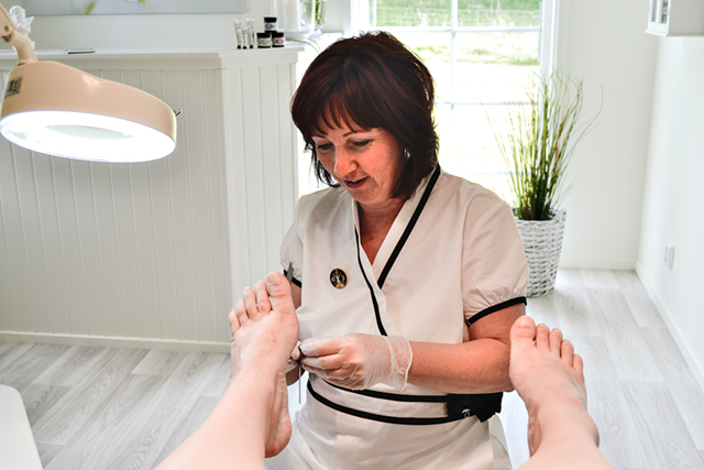 Fötter kan bli till ett stort bekymmer om de inte vårdas.