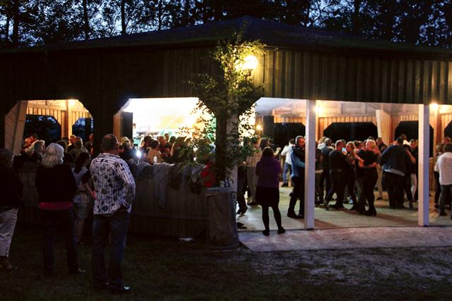 Populära dansbandet Scotts spelade på festplatsen i Godegård