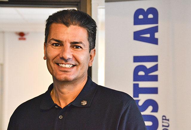 KL:s vd Tino Gournambassis gläds över företagets stigande framgång.