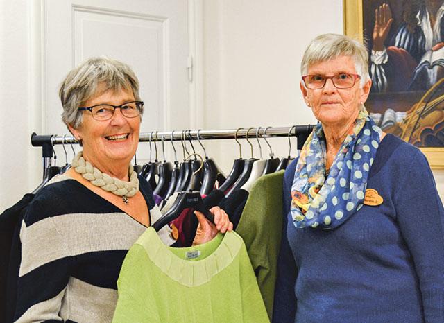 Irén Antonsson och Kerstin Johansson är två som engagerar sig i arbetet med att hjälpa andra.