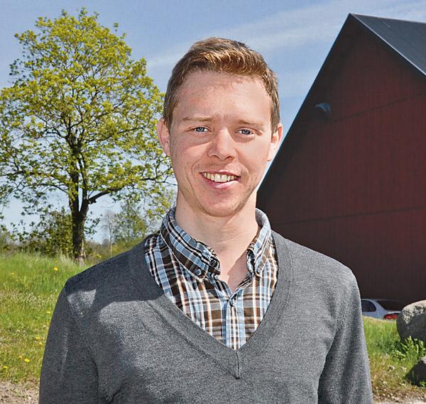 Joakim Svensson, energi- och klimatrådgivare i Åtvidaberg och Kinda. Bild: BO BÄCKMAN