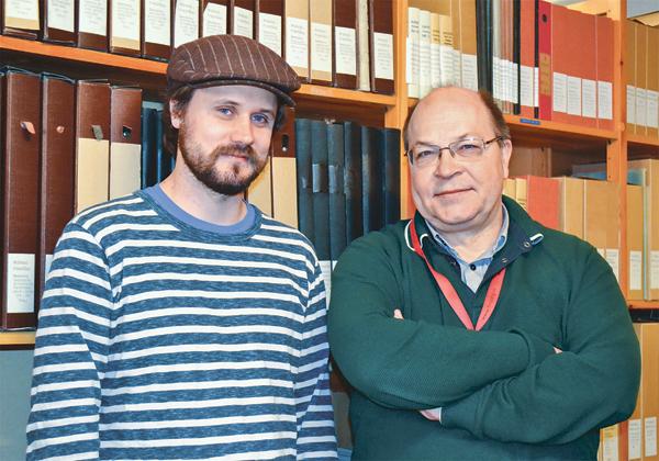 Länsarkivarie Albin Lindqvist och Urban Larsson från Finspångs kommunarkiv ser fram emot Arkivens dag som har temat Gränslöst.