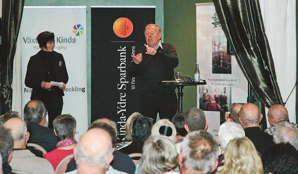 En av Sveriges mesta entreprenörer Bert Karlsson pratade om Vägen till framgång på Kisa wärdshus.