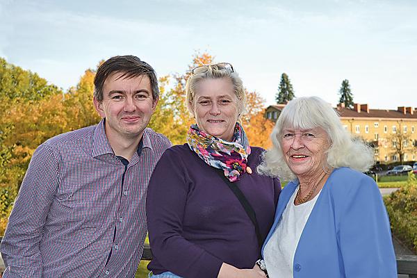Anders, Johanna och Criss är en del av styrelsen i Hörselskadades riksförbund Norrköping. I Östergötland finns sju HRFföreningar.