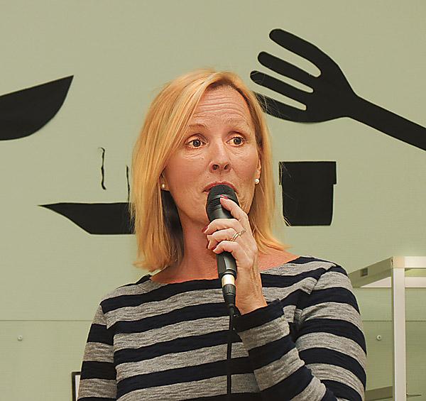 – Vi vill värna om att befolkningen i Valdemarsvik ska ha samma rätt och möjligheter till sjukvård som om man bor två kilometer från US i Linköping, sade Charlotte Kettle, verksamhetschef på vårdcentralen I Valdemarsvik, vid PRO:s månadsmöte i Ringarum.