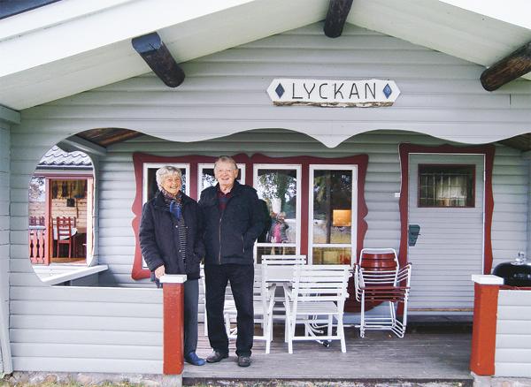 Karin och Rune Hektor trivs i Lyckan