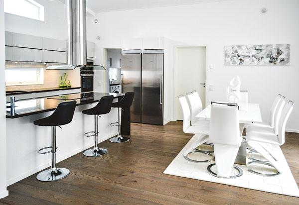 Köksön fungerar som plats för matlagning men även som lunch- och fikaplats.