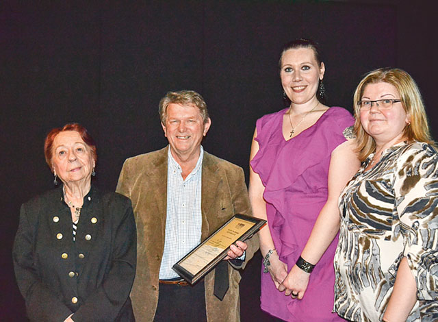 Berit Malmqvist, Sylvia Nilsson och Anna Sotkasiira var några ur styrelsen som ansåg att bland alla nominerade var det Magnus Höjer som skulle få utmärkelsen Norrköpingsrummets vän 2015.