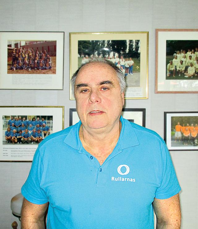 Efter 33 år som tränare vet åtvidabergaren Rolf Skogh det mesta om handikappsimning.