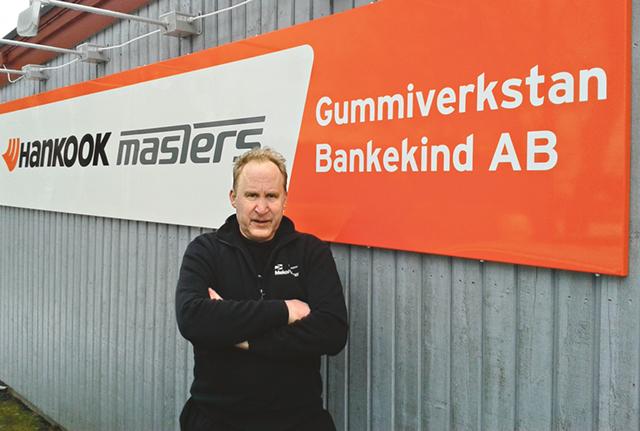 Bankekinds gummiverkstad är väl bekant för dem som ofta färdas utmed riksväg 35 mellan Linköping och Åtvidaberg. Företaget drivs av Gideon Liljegren, en riktig däckentusiast.