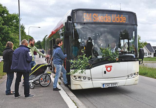 Påstigning för sista turen med 544 från Skeda Udde.