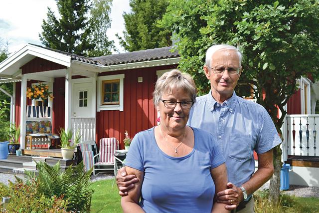 När Rolands pappa inte längre orkade ha kvar sin sommarstuga blev Roland och Solweig de nya ägarna.