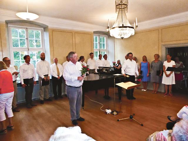 Gästspelet i Skänninge blev en stor succé både för Hans Lundgren och hans kör som för Lindbladsällskapet som arrangör.