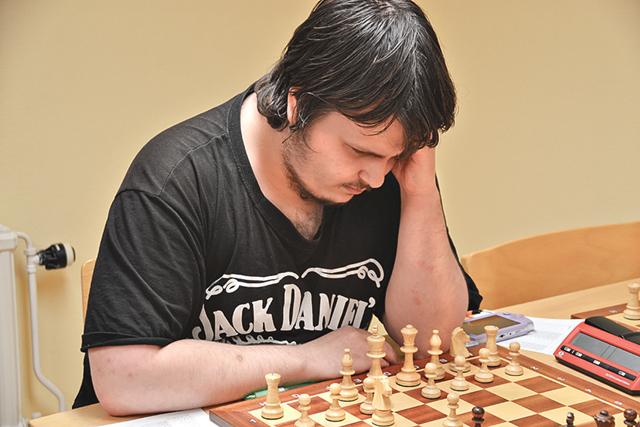 Simon Grandell menar att det är det svåra med spelet som gör det så roligt.