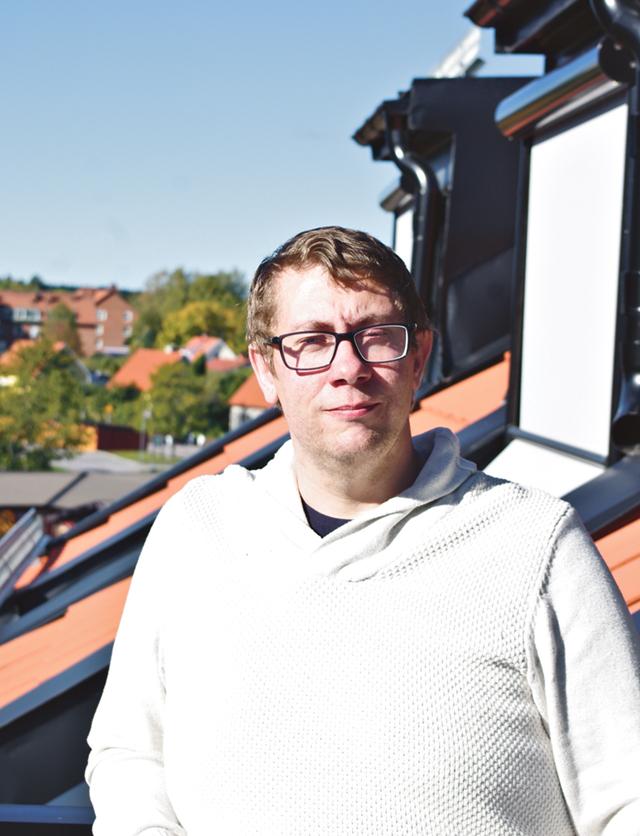 Kommunalrådet Mattias Geving (S) meddelade för en tid sedan att han hoppar av alla sina politiska uppdrag förutom platsen i fullmäktige.