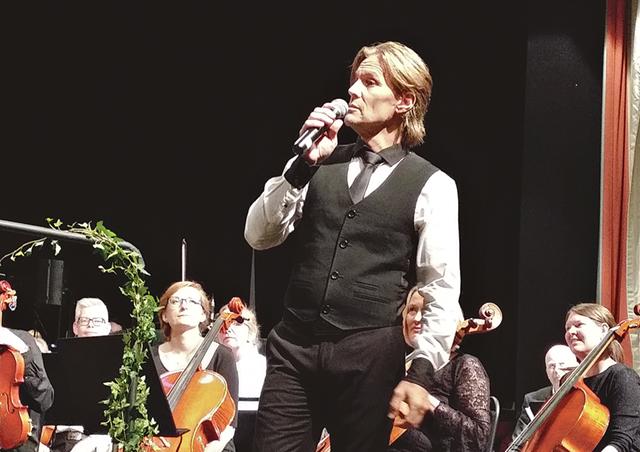 Gästsolisten Magnus Bäcklund var i toppform i lördagens final under Kulturveckan